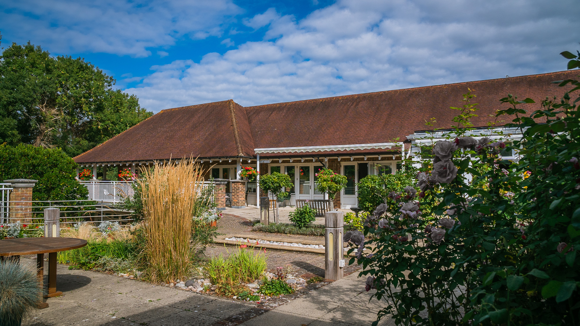 Courtyard bathed in sunshine at Pembury Hospice in the Weald