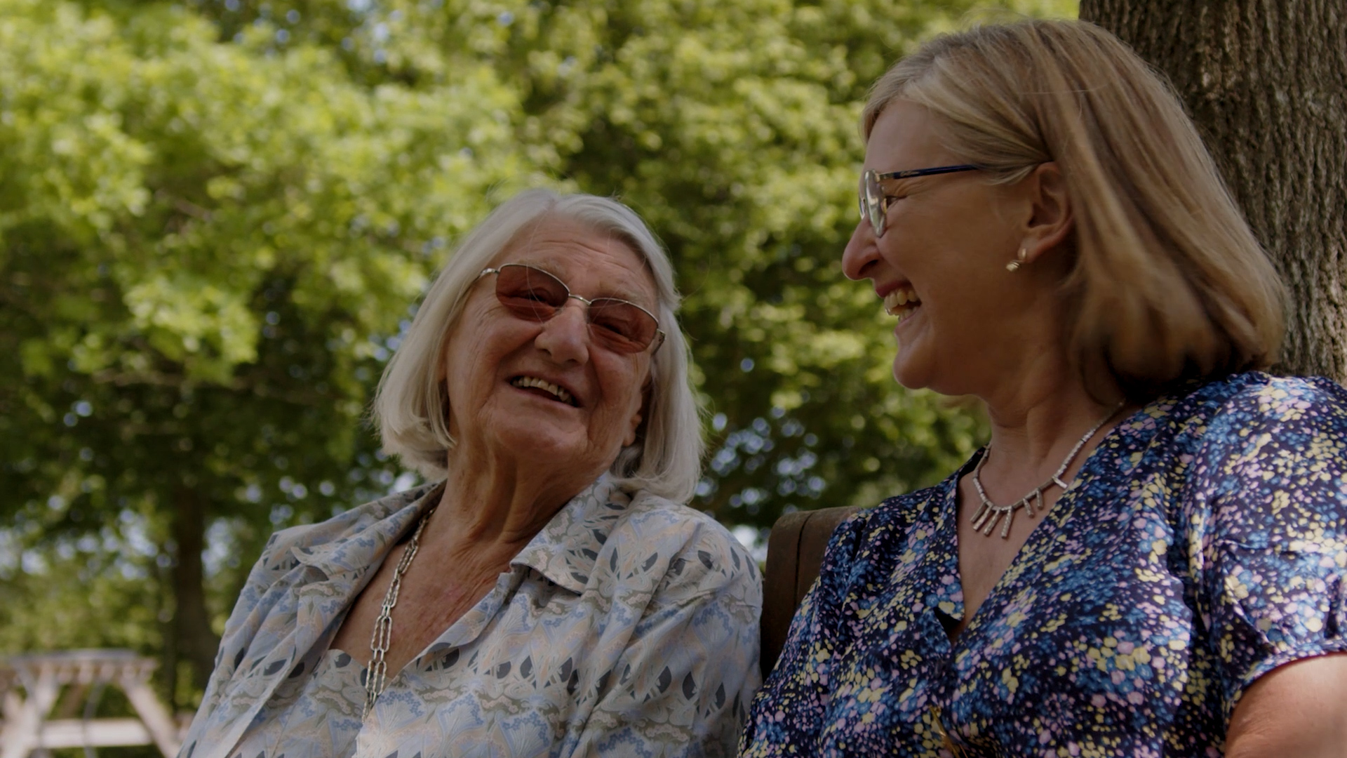 Louise and her mum in the Hospice Gardens