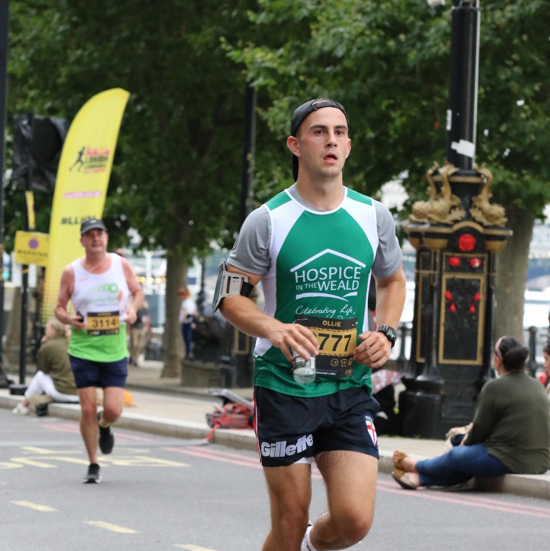 Ollie Eeles London Landmarks Half Marathon 2021