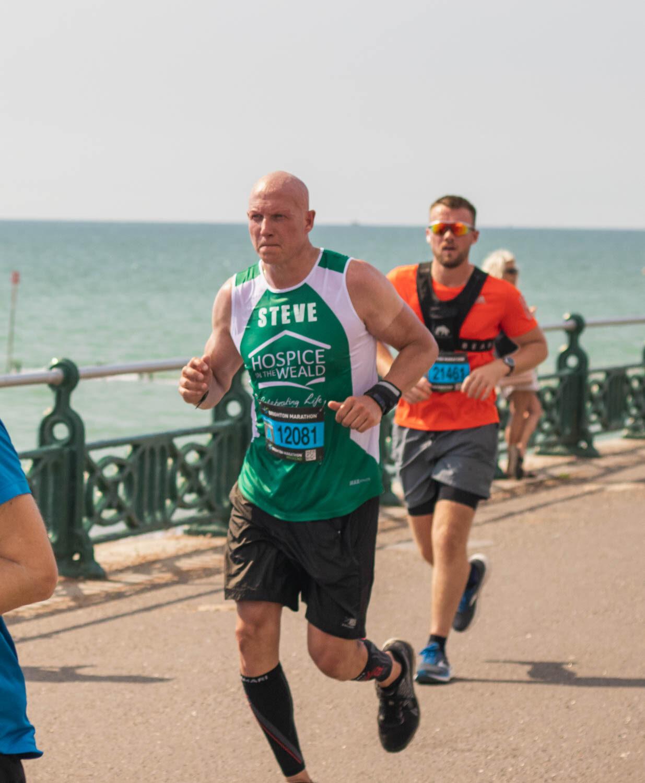 Steve Lindsey Running Brighton Marathon